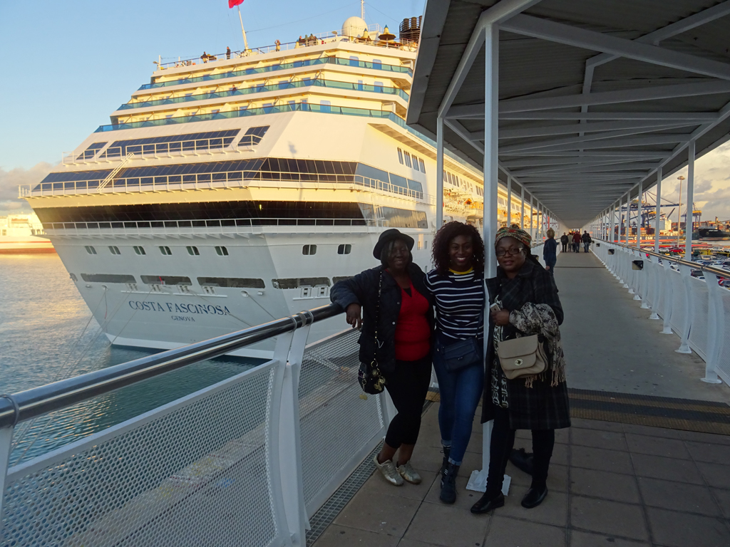 Women-Cruise-Holiday-2