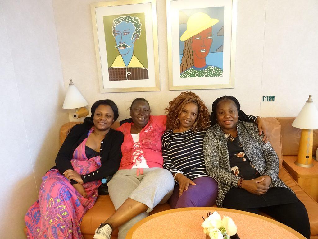 Women-Cruise-Holiday-4